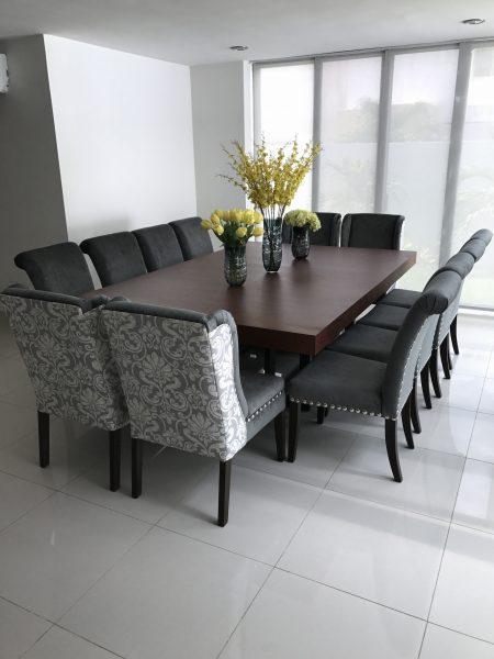 Sillas tapizadas para comedor awesome great great mesas y for Comedores con sillas altas